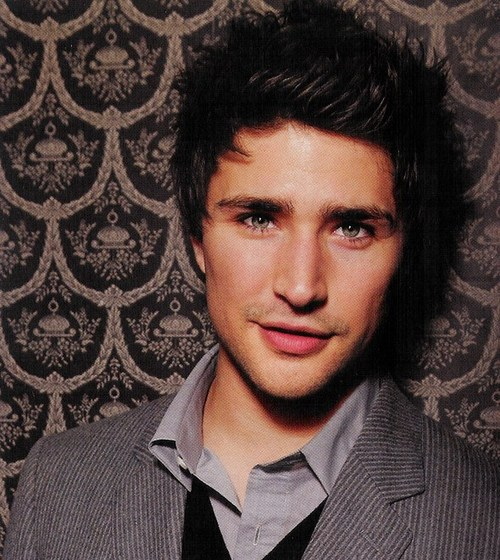 matt dallas belly button