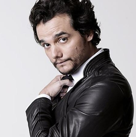 wagner moura biography