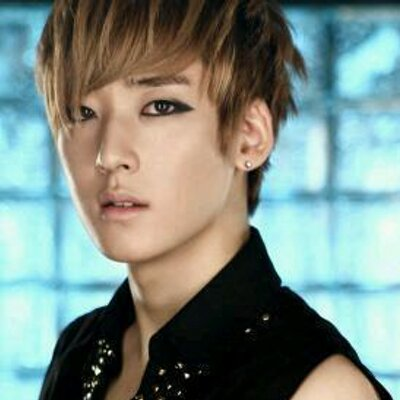 U-Kiss Kevin (@AM_Ukis...