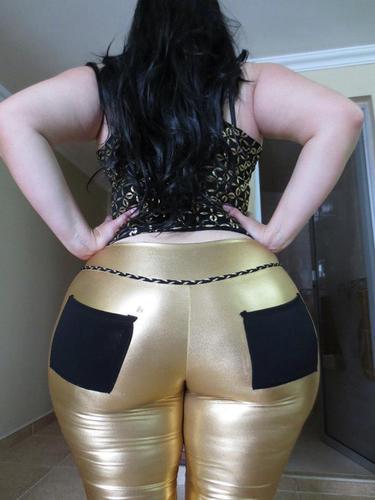 Mega big booty de madura de blanco - 2 6