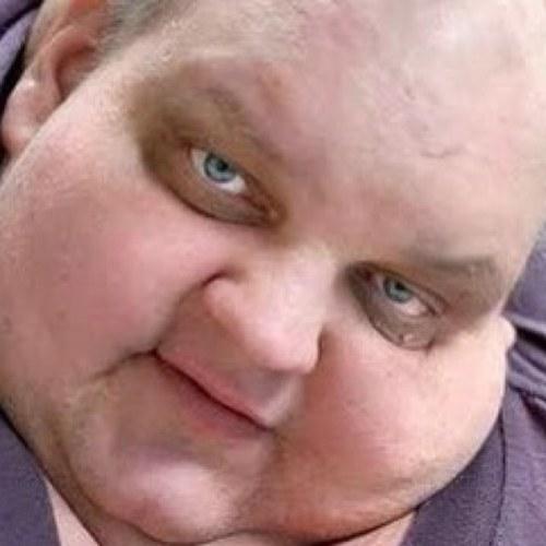 double chin man 46 donteatdontdie twitter
