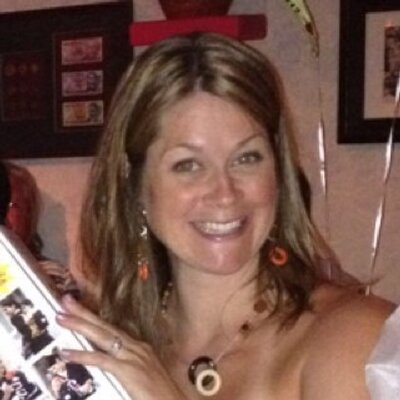 Holly Berlanda (@HollyBerlanda) Twitter profile photo