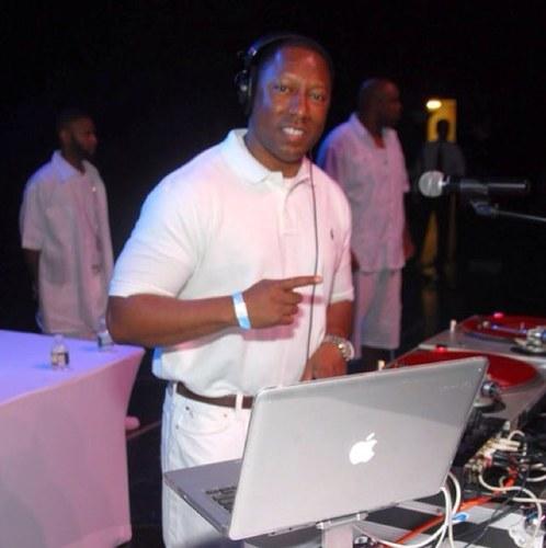 IG/FB - @DjDocB / Radio DJ - Power 99 M-F, 12 Noon Mid-Day Mixtape & 5pm-7pm. WDAS Thu 11am & 2pm Sat 6pm-9pm / Book Me 267719DOCB (3622)/ bookings@djdocb.com /