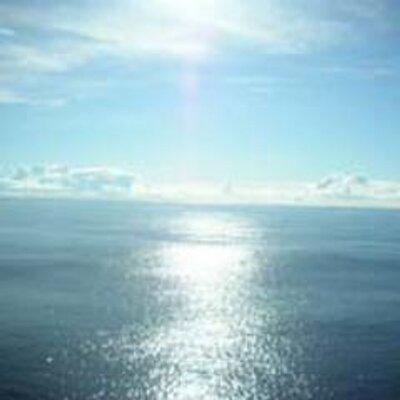 1974年10月6日19:30「宇宙戦艦ヤマト」放送開始! 41年前の今頃は、夕陽のヤマトが映っていた頃かなぁ。 実写版でも2199でも、夕陽のヤマトのビジュアルイメージを見ると、「ヤマトだ!」って感じました(^^)