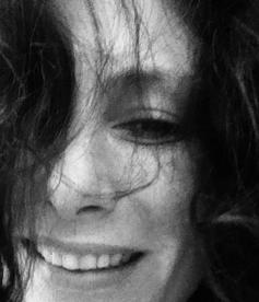 Caroline Hoermann nude