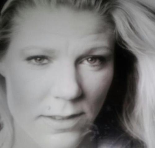 Stora Lundby Singlar - Kropp singel kvinna
