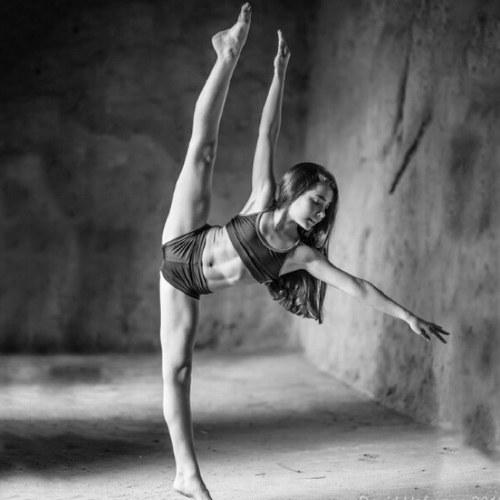 Dancer pics ass images 36