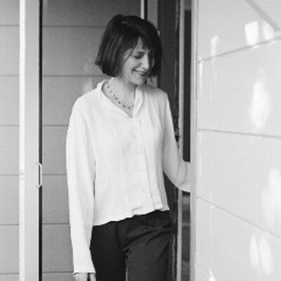 Linda Yaven (@lindayaven) Twitter profile photo