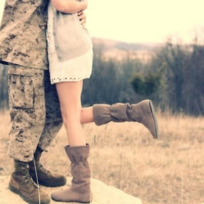 LORENE: Army love pictures
