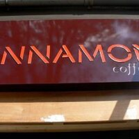 Sinnamon Coffee | Social Profile