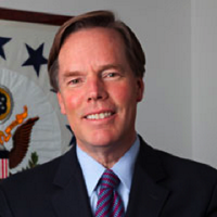 Nicholas Burns (@RNicholasBurns) Twitter profile photo