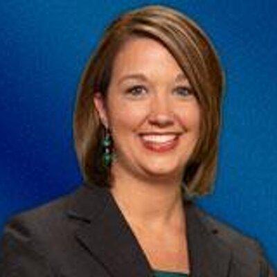 Lauren Hanson on Muck Rack