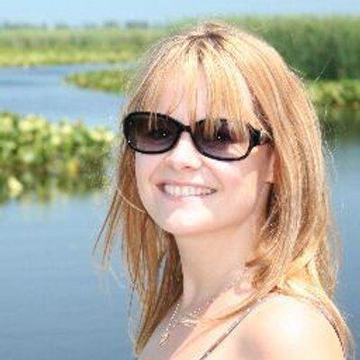 Karen Robson nudes (13 pictures) Is a cute, iCloud, cleavage