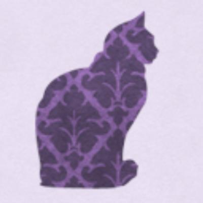 los gatos vomitan bilis