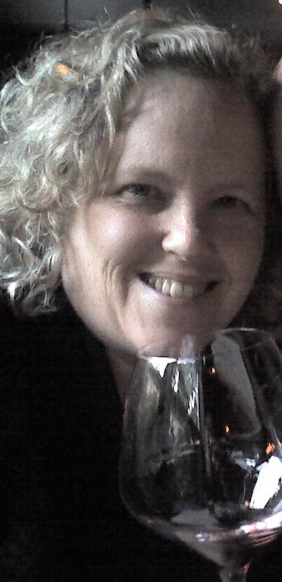 Lori Lapides Profile Image