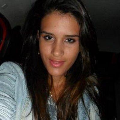 Larissa Araújo gata do Caldense - Concurso gata do Mineiro - YouTube