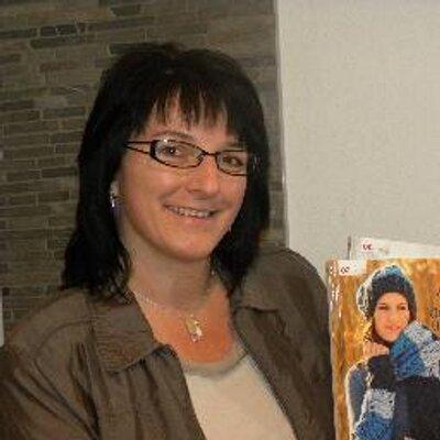 Veronika Hug On Twitter Mandala In Einen Drahtring Einfach Häkeln