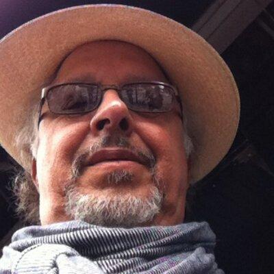 Emmanuel Publio Dias on Muck Rack
