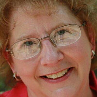 Elaine Whitesides on Muck Rack