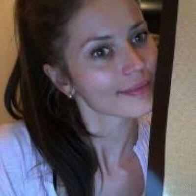 Karolina Ⓥ (@Zakonek) Twitter profile photo