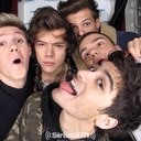 One Direction ∞  (@5boys0neD) Twitter
