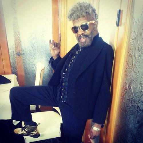 The 74-year old son of father K.C. Stewart and mother Alpha Stewart, 188 cm tall Sly Stone in 2017 photo