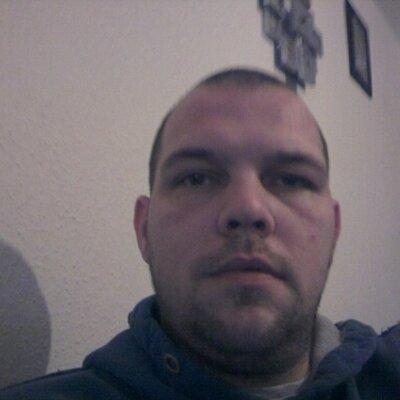 Jason Knight (@jase1077) Twitter profile photo