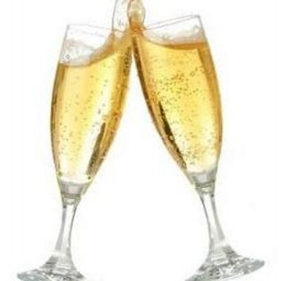 Champagne Lover (@ChampagneL0VER )