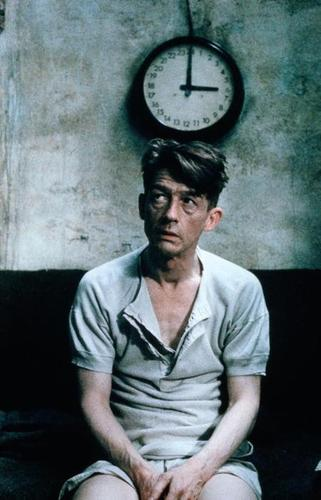 development of winston smith in 1984 The ideological development of winston smith in 1984one of the two most famous books of george orwell, 1984, depicts a pessimistic vision of the future world.