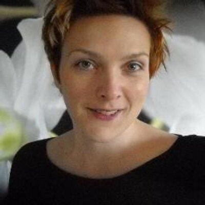 Melanie Hombeck On Twitter 3 Einfache Mutzen Helm Frisuren
