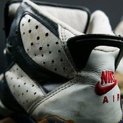 Addicted 2 Kicks ( Addicted11Kicks)  4df5c8b89