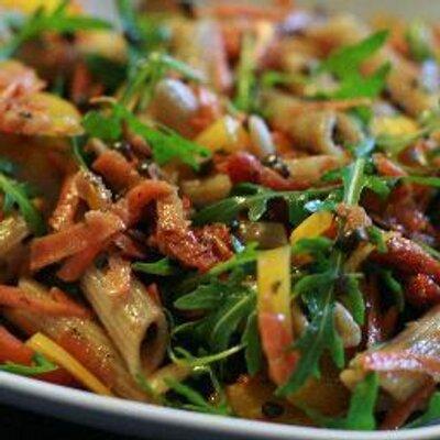 Gemüse Esskapaden On Twitter Quinoa Rucola Salat Mit Tofu Und