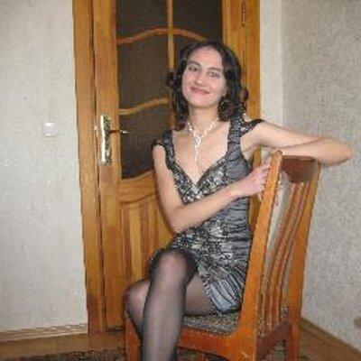 Юлия вовк фото почему девушки смотрят на меня на работе