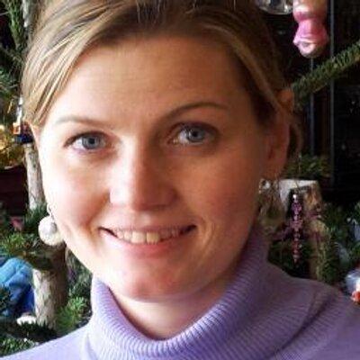 Naomi Hoyle
