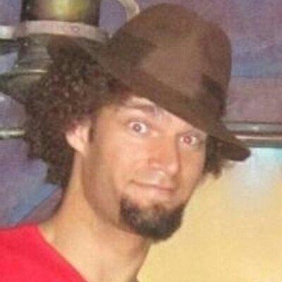 Robin Lopez (@rolopez42) Twitter profile photo