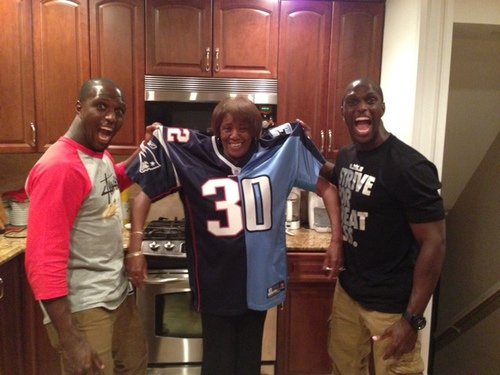 new arrival f5b1b ce191 McCourty Twins' Mom (@MamaMcCourty) | Twitter