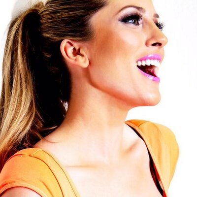 Andrea Feczko (@AndreaFeczko) Twitter profile photo