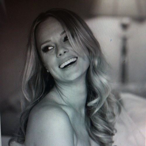 Kate Levering Social Profile