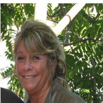 Debbie Medema-Loome (@debmedema) Twitter profile photo