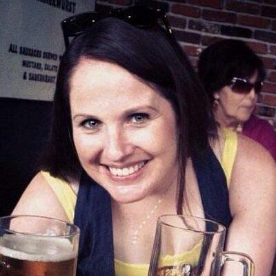 Tara Mullins (@TaraMullins926) Twitter profile photo