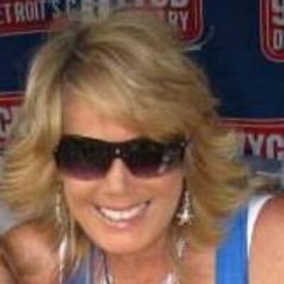 Linda Lee on Muck Rack