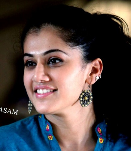tapsee pannu hot videos