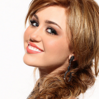 ★♥Miley Cyrus♥★ | Social Profile