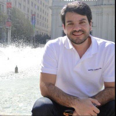 Buenos Aires.JUAN FELIPE VEGA, santanderano galardonado en su país visita la escuela de cocina  MAUSI SEBESS