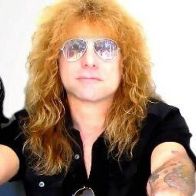 Steven Adler  - 2018 Dark blond hair & alternative hair style.