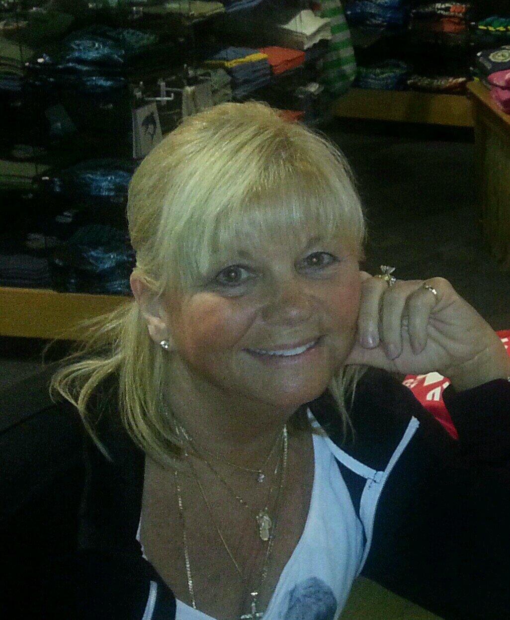 Kim Cattrall,43. Kelly Clarkson XXX clips Nancy Robertson,Eve Plumb