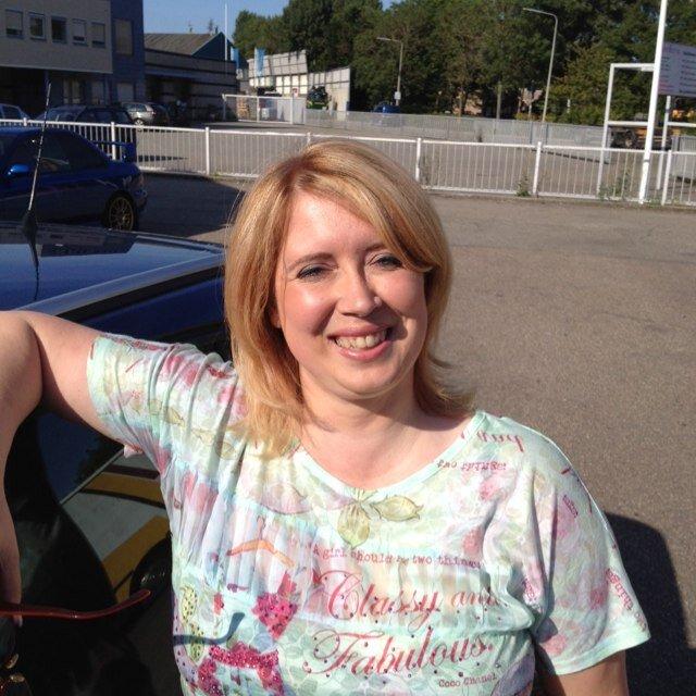 Mieke Ten Have: Anne-mieke (@annemieketyg)