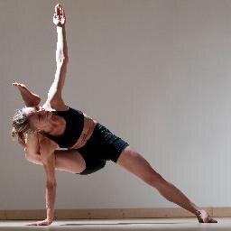 ashtanga yoga paris ashtangayogapar twitter. Black Bedroom Furniture Sets. Home Design Ideas