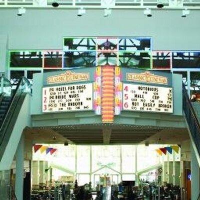 North Riverside Mall Food Court