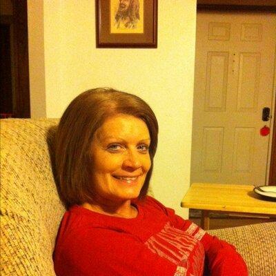 Nancy Dowell (@nancypants1962) Twitter profile photo
